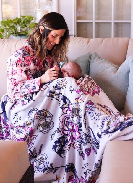 Vera Bradley robe + plush blanket! Perfect for Mother's Day! 💗   #mothersday #mothersdaygifts #mothersdaygiftidea  #LTKfamily