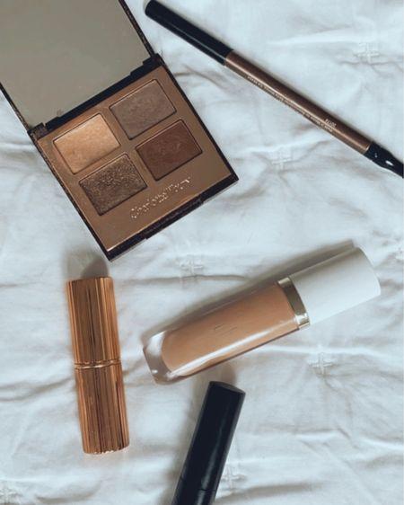 Summer makeup, bronzy makeup, concealer, Charlotte tilbury, finding beauty mom http://liketk.it/3hCN5 #liketkit @liketoknow.it #LTKworkwear #LTKtravel