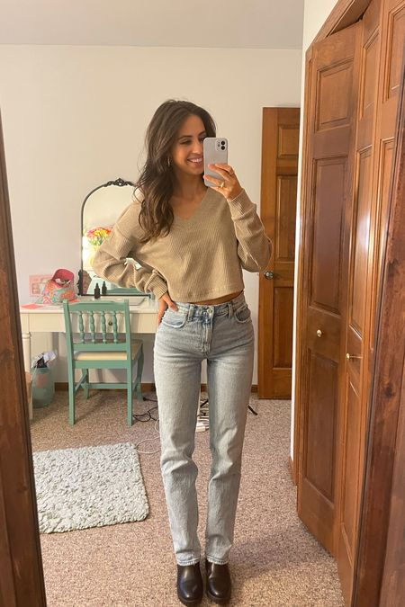 fall neutral outfit alo yoga sweater Abercrombie and Fitch 90s ultra high rise straight leg jeans   #LTKstyletip #LTKfit #LTKSeasonal