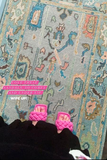These sandals are under $30 and SO comfy💕🌸  #LTKunder50 #LTKstyletip #LTKshoecrush