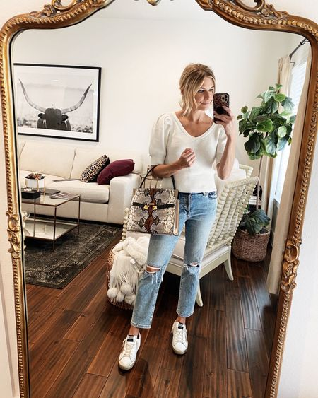 Short sleeve sweater with my favorite mother jeans and fall handbag 🤍✔️  #LTKunder100 #LTKstyletip #LTKSeasonal
