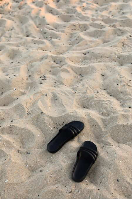 "It's {sandal slide} szn, and I linked a bunch of my favs on my, ""LTK Shop"" here:  http://liketk.it/3jVci #liketkit @liketoknow.it"