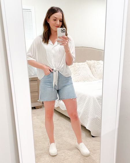 """Love these cute mom shorts paired with an elevated white tee situation! Wearing a 4 in the top and a Medium in the shorts. I'd go up a size in the shorts for a more comfortable fit. These were slightly tight on me, but still love them! I'm 5'3"""" and 120lbs for reference 💕 http://liketk.it/39c4J #liketkit @liketoknow.it #LTKSeasonal"""