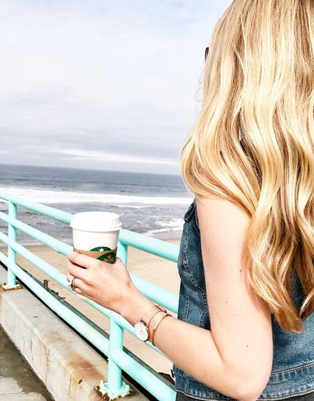 Love morning walks along the beach, love having a hot chocolate in hand, and love my @danielwellington watch 😍 I can honestly say it's my favorite one I own! Use code STYLEDTEACHER15 for 15% off at checkout 😘 #DWClassicPetite #danielwellington #ad Shop my entire look and my watch here -> http://liketk.it/2r3U6 #liketkit @liketoknow.it