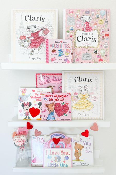 Valentine's day book shelfs?  Definitely following this trend!!!!  http://liketk.it/37ovR #liketkit @liketoknow.it  #valentinesday #valentinesdaybooks #valentinesdaybookshelf