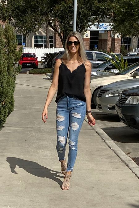 Size up one in jeans!  Shop my daily looks by following me on the LIKEtoKNOW.it shopping app @liketoknow.it #liketkit http://liketk.it/2M0Wl #LTKshoecrush #LTKspring #LTKunder50 @liketoknow.it.home @liketoknow.it.family