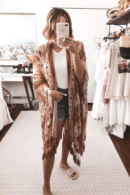 My go-to kimono right now! @liketoknow.it http://liketk.it/3h8C8 #liketkit #LTKunder100 #LTKunder50 #LTKstyletip