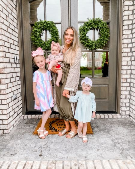 Cutest romper from Amazon paired with pink lily duster! Go runnnnn to grab this now! http://liketk.it/3fA3a #liketkit @liketoknow.it #LTKstyletip #LTKunder50 @liketoknow.it.family Shop my daily looks by following me on the LIKEtoKNOW.it shopping app