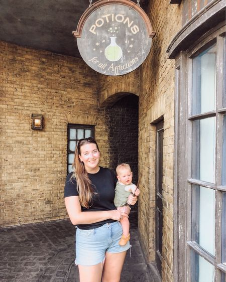 our #slytherin theme park style   #harrypotter #disneybound    http://liketk.it/2Vmyu #liketkit @liketoknow.it #LTKbaby #LTKtravel #LTKunder50 Shop your screenshot of this pic with the LIKEtoKNOW.it shopping app