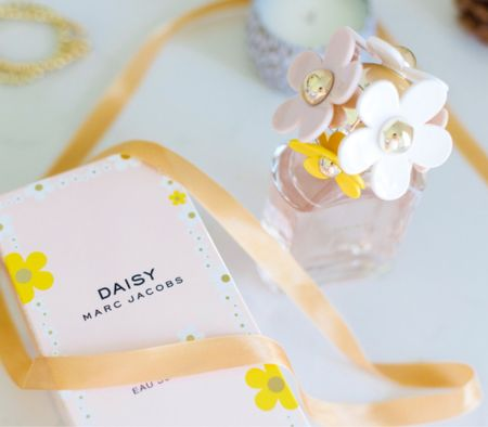 Marc Jacobs perfume at Nordstrom makes a great Christmas gift for ladies and teen girls! #ad #nordstrom  #LTKbeauty #LTKGiftGuide #LTKHoliday