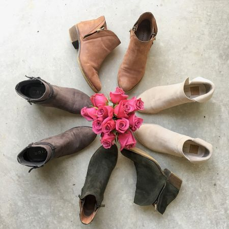 Fun fact about me every year I always buy a new pair of booties to expand my boot collection.🍂 Yes every year! This year I purchased those gorgoeus tan suede babes!😍 In honor of fall coming this Friday I had to round up some of my very favorite booties ever! So many options at so many different prices! Which is awesome if you are someone who is watching there wallet this fall! 💸 Linking all my booties here and all my favorites all under $100 right here 👉🏻 http://liketk.it/2sLBa #liketkit @liketoknow.it