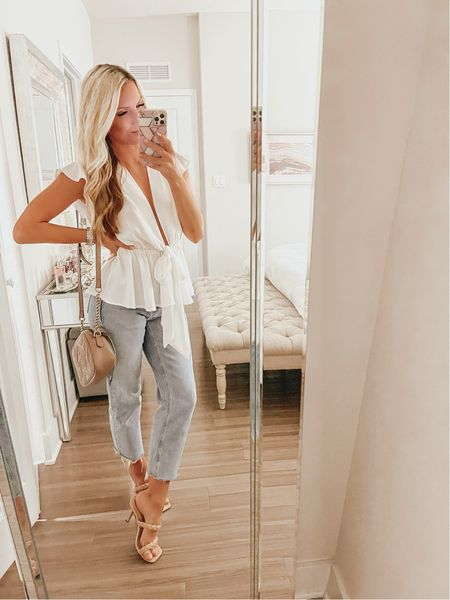 GNO 🎉 Happy Friday everyone! Outfit details are linked in the app (link in bio!) #thesunnyblonde #denim #gno  #LTKunder50 #LTKunder100 #LTKshoecrush