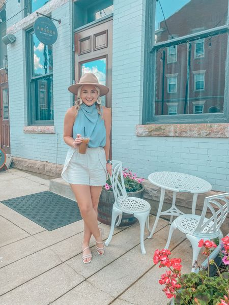 The perfect summer outfit for business or casual life 🌺🦋  Top & Shorts: Small  Shoes: 7.5   http://liketk.it/3hQrn @liketoknow.it #liketkit #LTKunder50 #LTKstyletip #LTKshoecrush