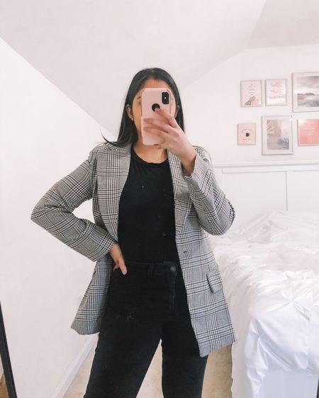 Loving my new check blazer in the petite collection! I'm wearing a size 4 for a slightly loose fit #LTKgiftspo #LTKunder50 #LTKworkwear #liketkit @liketoknow.it http://liketk.it/33sb6
