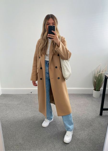 Rewearing autumn basics from last year 👉🏼  As many of you know, I'm a big fan of rewearing and shopping my own wardrobe. Here are 10 items I'll be rewearing from my wardrobe this season.   10. Camel coat   #LTKunder50 #LTKeurope #LTKstyletip