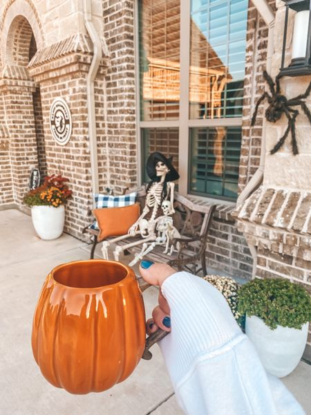 Boo!!! Finally decorated the front of the house for Halloween!  👻💀  #LTKHoliday #LTKhome #LTKSeasonal
