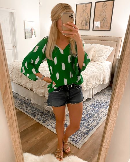 Casual date night outfit! I couldn't find my top because I got it at a local boutique but I linked a ton of green and white tops that are similar! I'm still rockin my favorite jean shorts and studded sandals! http://liketk.it/3eNsJ #liketkit @liketoknow.it