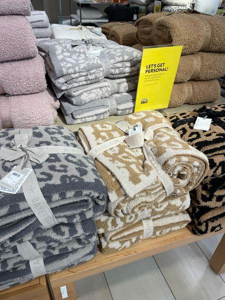 Throw blanket on sale   #LTKsalealert #LTKunder100 #LTKhome