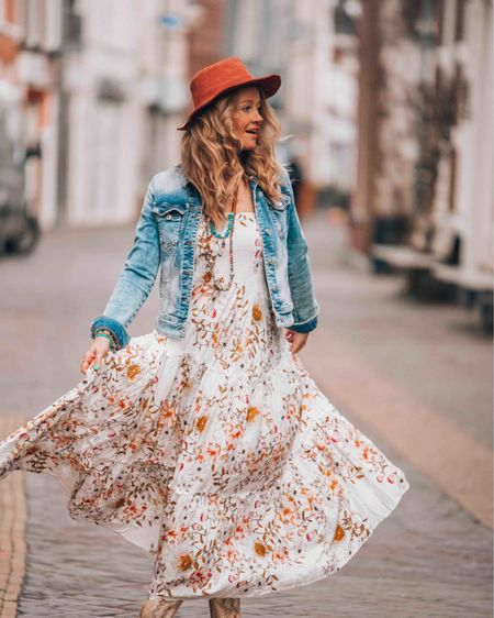 Have a beautiful sunny day! ☮️✌️   You can instantly shop all of my looks by following me on the LIKEtoKNOW.it shopping app   #bohochic #LTKunder100 @liketoknow.it #liketkit http://liketk.it/38Drk