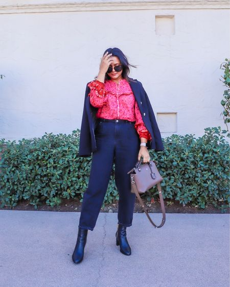 Slouchy jeans look which is also bohemian inspired! Shop the look http://liketk.it/37rJP #liketkit @liketoknow.it