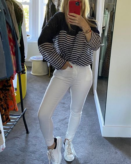 Add your favourite striped shirt. It adds lightness with a fresh contrast and is so so classic. http://liketk.it/2Tp46 @liketoknow.it #liketkit