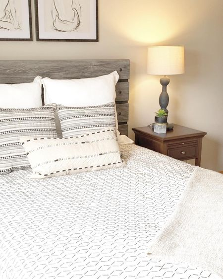 We love this inexpensive bedding from target! The cream & black geo pattern is always a fun look in a guest bedroom or boys bedroom. Check out our great finds from Target!! http://liketk.it/2R54G #liketkit @liketoknow.it #target @liketoknow.it.home Follow me on the LIKEtoKNOW.it shopping app to get the product details for this look and others