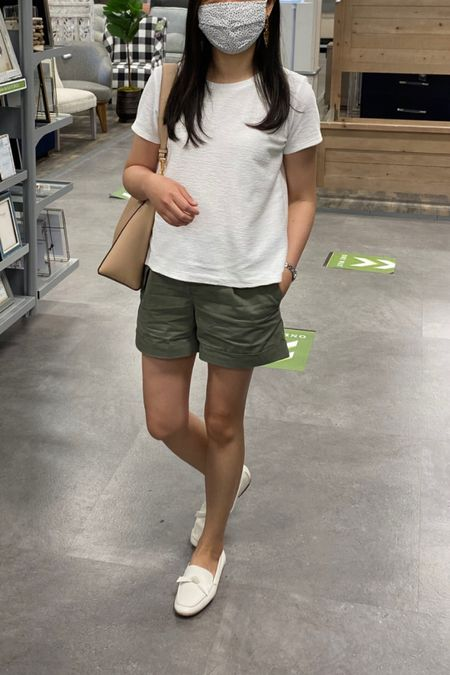 Top in XS petite, shorts in 00 regular, white loafers true to size and comes in other colors too! @liketoknow.it http://liketk.it/2SagH #liketkit #LTKshoecrush #LTKunder50 #LTKunder100 LOFT