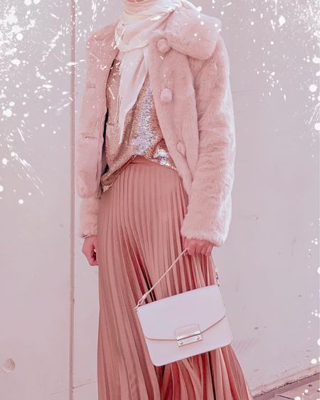 Faux fur coats - maxi skirt - pleated skirt - boots - autumn wear - autumn outfit - modest outfit    http://liketk.it/32Vsf #liketkit @liketoknow.it Shop your screenshot of this pic with the LIKEtoKNOW.it shopping app #LTKeurope #LTKstyletip #LTKsalealert