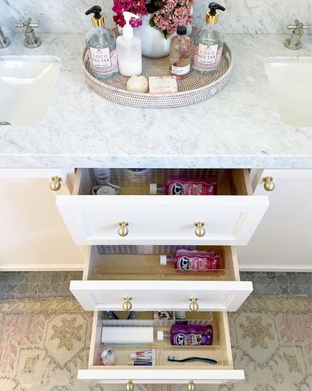 Organized bathroom! #bathroomorganization #organization #storage #drawerorganization #cubes #containers  #LTKhome