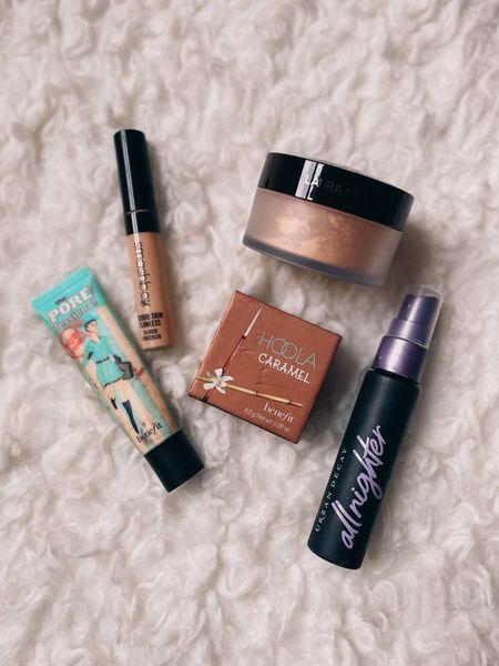 Five beauty products I love - pore primer, bronzer, translucent powder, concealer and setting spray    #LTKbeauty #LTKunder50 #LTKunder100
