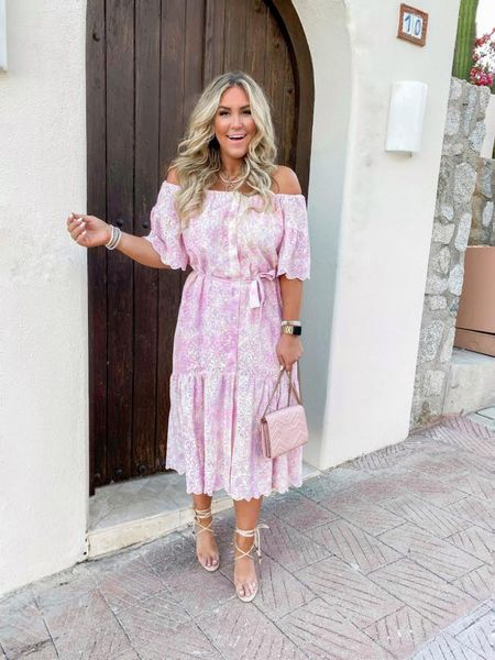 Tie dye and eyelet...Yes please!!! 💓💓💓 Got a lot of questions about this dress I wore to dinner last night! This dress runs tts & I am wearing a medium! Answering more sizing questions in stories! 💜 So glad you all love it as much as I do!! The quality on this dress is so good!!😍 http://liketk.it/3hQcB #liketkit @liketoknow.it #LTKwedding