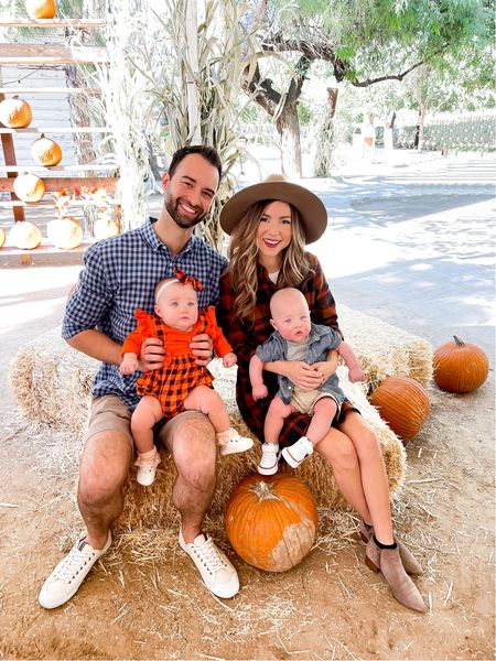 Pumpkin patch with the family today!!! We had such a fun time we ate roasted cinnamon pecans , saw the cute animals 🐴 and picked us some pumpkins!! 🎃🎃 It's the little things in life that really make you feel grateful for family and health!! ( for the ladies that asked about my dress I made sure to link it SO GOOD 🙌 I'm wearing an XS ) - -