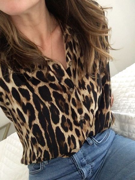 Might be my new favorite blouse 🐆 ||   You can instantly shop all of my looks by following me on the LIKEtoKNOW.it shopping app (link in bio) http://liketk.it/2Gm5O #liketkit @liketoknow.it