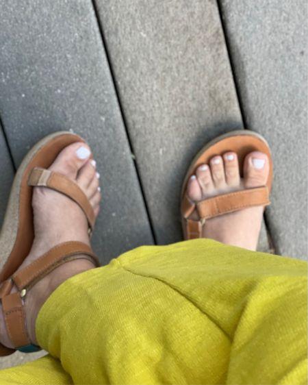 Colorado comfy. Leather teva sandals + favorite yellow sweatpants. http://liketk.it/3j5s3 @liketoknow.it #liketkit #LTKshoecrush #LTKunder50 #LTKcurves