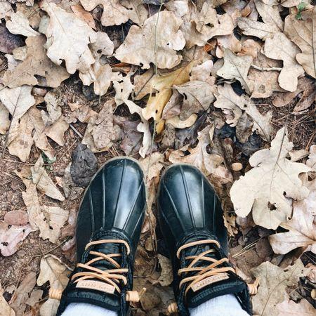 Snow boots ❄️ http://liketk.it/2Istk @liketoknow.it #liketkit #LTKunder100 #LTKshoecrush #boots #snowboots #sperry