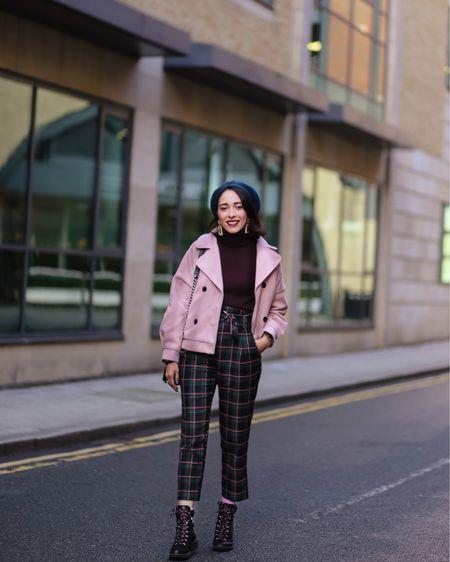 Happy go lucky kind of gal, on today's look more on the blog, link in bio. 📸 @gemma    http://liketk.it/2ySIJ #liketkit @liketoknow.it