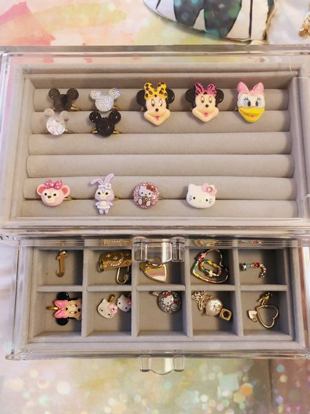 The most perfect jewelry box for all my trinkets! ✨