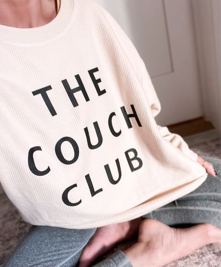 Code Jen20 for 20% OFF.  Cozy graphic sweatshirt. Size small.     #LTKhome #LTKstyletip