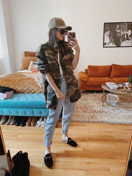 Camo jacket Straight leg jeans Mom jeans Camo Hat Casual outfit Casual look  #LTKstyletip #LTKunder100 #LTKunder50