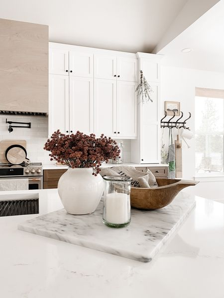 Happy Monday!  http://liketk.it/38sZr #liketkit @liketoknow.it #kitchen #kitchendecor