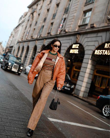 London fashion week in my favourite caramel shades via @mytheresa.com http://liketk.it/2KusF #liketkit @liketoknow.it