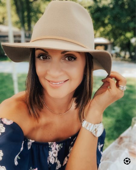 Hi guys! Happy weekend!! Can't believe that fall is almost here! I wanted to share this hat that I wore a lot last year and it's finally back in stock. I also found a similar one from @abercrombie @liketoknow.it #liketkit #LTKsalealert #LTKunder50 http://liketk.it/2Wqhk #rStheCon