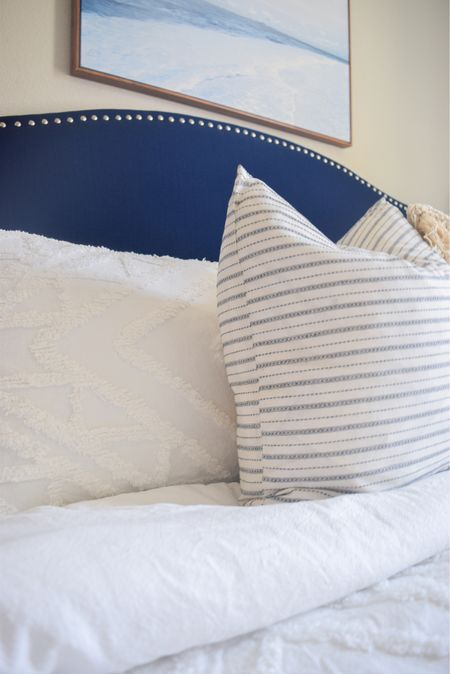 Guest room is ready for holiday guests 💙 🛌  _ Headboard Bedding Throw pillows Duvet cover Guest bedroom  Bedroom decor  Bedroom furniture  Sheets Comforter Blankets Pillows Pillow sham Upholstered headboard Blue and white Home furnishings    #LTKHoliday #LTKfamily #LTKhome