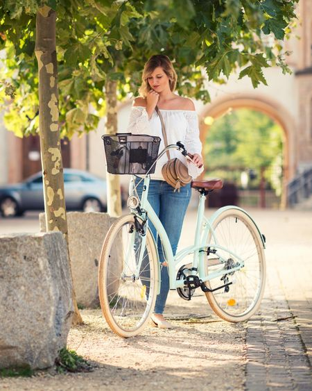 Looks like a pretty nice weekend is ahead of us ☀️ Maybe I'll get to take my mint green beauty for a ride before fall arrives 🚲   Read more about my bike and my outfit on the blog now - direct link in my profile. Or shop the look directly: http://liketk.it/2sN37  ✌🏻   #mintgreenbike #bike #fahrrad #speyer #ootd #outfit #whatiwore #liketkit @liketoknow.it #offshoulder #summerdays #style #biketour #mint #pastel @liketoknow.it.europe