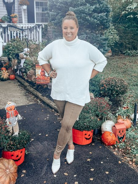It's finally sweater weather in Maryland! 🍁  So happy I got to wear my new sweater and my new Spanx leggings! It was the perfect outfit for this fall day!  Have you had fall temps yet?  #LTKstyletip #LTKcurves #LTKSeasonal