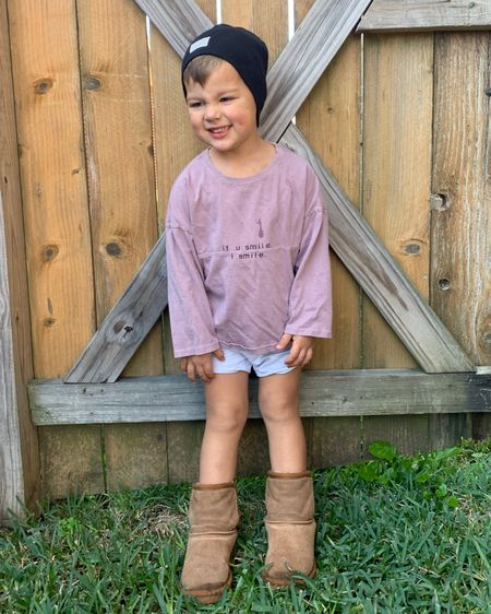 The absolute best Ugg dupes! Hayes is wearing the size 10! http://liketk.it/33hEn #liketkit @liketoknow.it