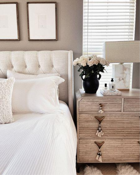 Master bedroom, bedding, white bedding, accessories, StylinAylinHome   #LTKhome #LTKunder100 #LTKstyletip