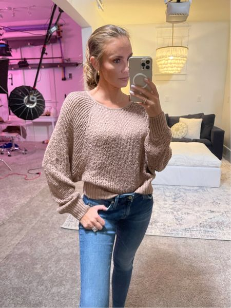 Lightweight sweater perfect for Fall in size: Small   #LTKSeasonal