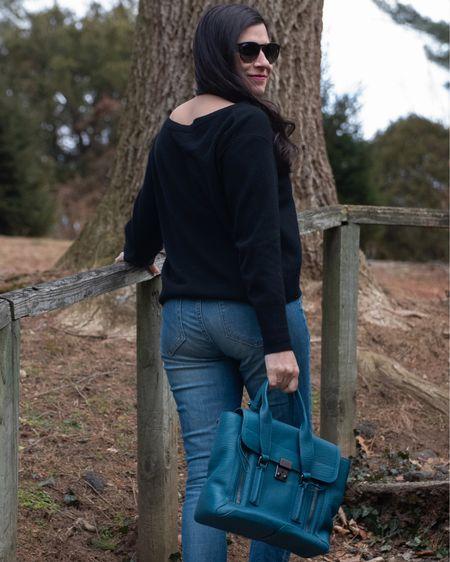 I froze for today's outfit photos, but it was worth it to finally show off my shoes (swipe!)   #sweaterweather #splendidla #everlanejeans #everlane #philliplim #philliplimpashli #leopardprint #tigerprint #cheetahprint #discoverunder5k #ctbloggerbabes #ctblogger #liketkit #LTKstyletip #LTKshoecrush @liketoknow.it http://liketk.it/3amfn #LTKitbag