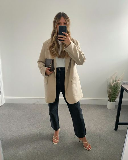 10 Pinterest inspired AW outfits 👉🏼  I'm always on the look out for outfit inspiration and @pinterestuk is one of my go-to places to search for outfit ideas.  Here are 10 outfits I've recreated using clothes I already own in my wardrobe.  10. Blazer, T-shirt, jeans and heels   #LTKeurope #LTKunder50 #LTKstyletip